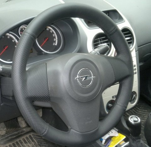 кожа рулит Opel Corsa