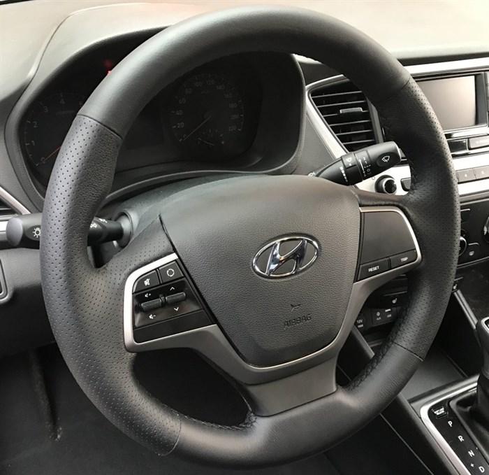 Оплетка на руль из натуральной кожи Hyundai Elantra 2015-н.в. - фото 10810