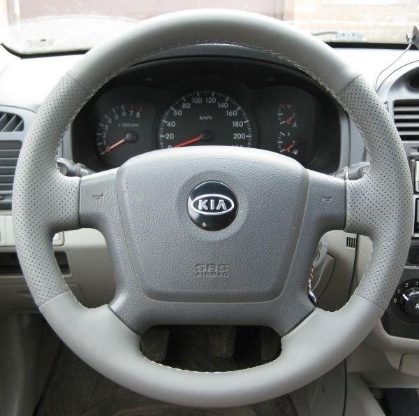 Оплетка на руль из натуральной кожи Kia Cerato I 2004-2009 - фото 10881