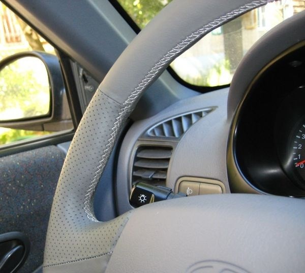 Оплетка на руль из натуральной кожи Hyundai Accent с подушкой безопасности - фото 10911