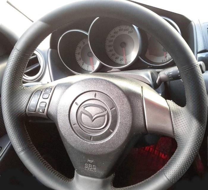 Оплетка на руль из натуральной кожи Mazda 5-I (CR) 2007-2010 - фото 10938