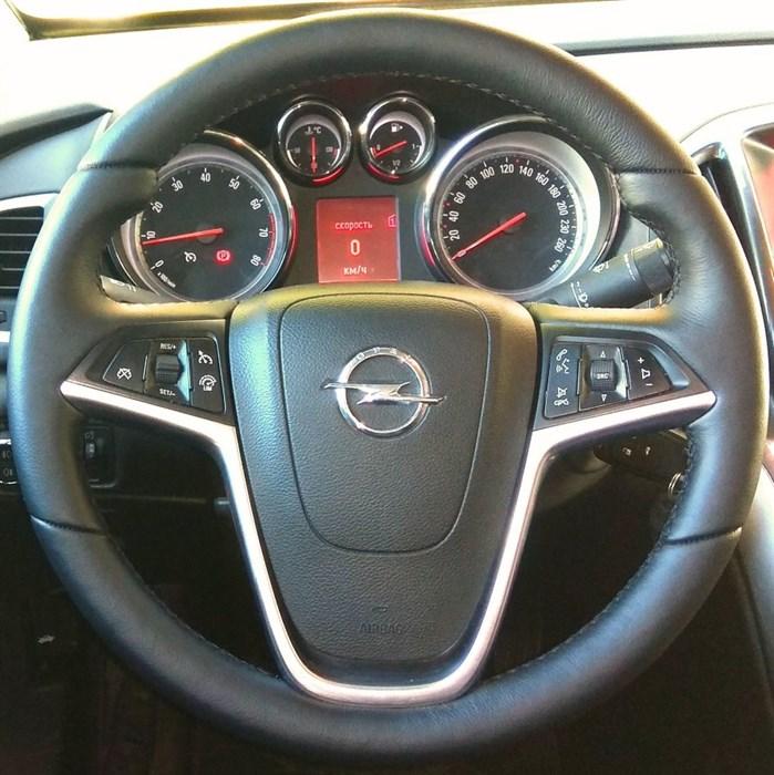Оплетка на руль из натуральной кожи Opel Astra J 2009-2015 - фото 10970