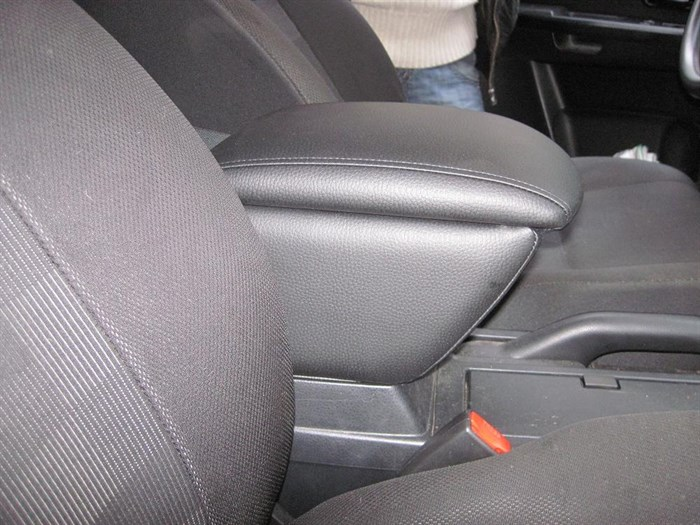 подлокотник для Suzuki Grand Vitara