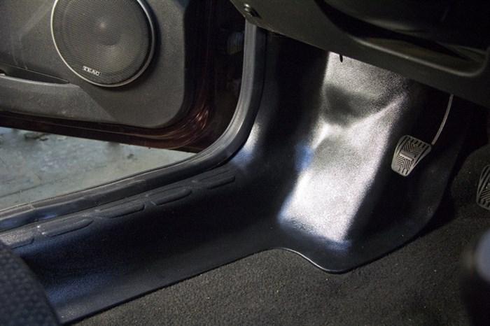 Накладки на ковролин передние Лада Гранта - фото 9285