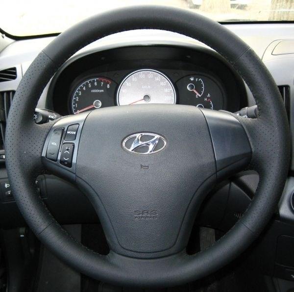 Оплетка на руль из натуральной кожи Hyundai Elantra IV (HD) 2006-2010 г.в. (черная) - фото 9385
