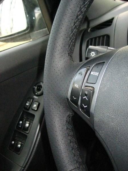 Оплетка на руль из натуральной кожи Hyundai Elantra IV (HD) 2006-2010 г.в. (черная) - фото 9387