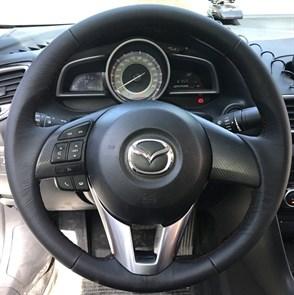 Оплетка на руль из натуральной кожи Mazda CX-3 2015-2018