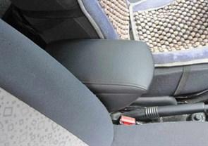 Подлокотник для Renault Duster