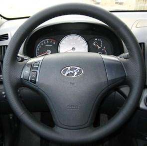 Оплетка на руль из натуральной кожи Hyundai Elantra IV (HD) 2006-2010 г.в. (черная)